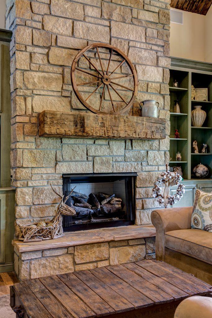 thin-rock-interior-fireplace